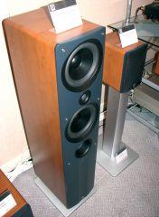 19 Q Acoustics 1050