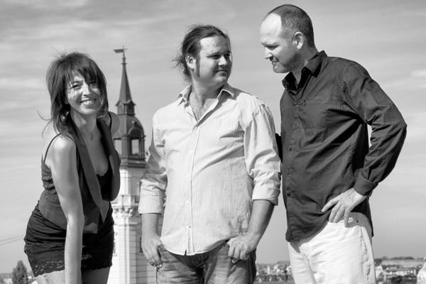 3797-majamisty-trio.jpg