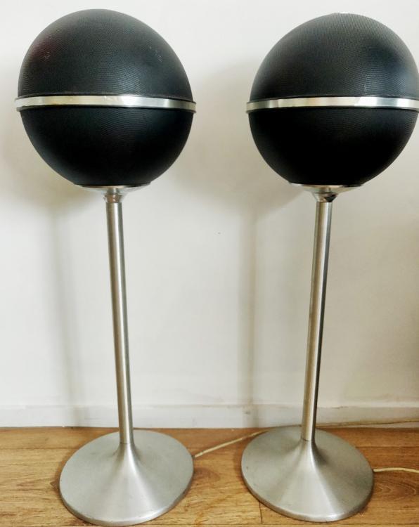 Vintage-speakerset-scaled.jpg
