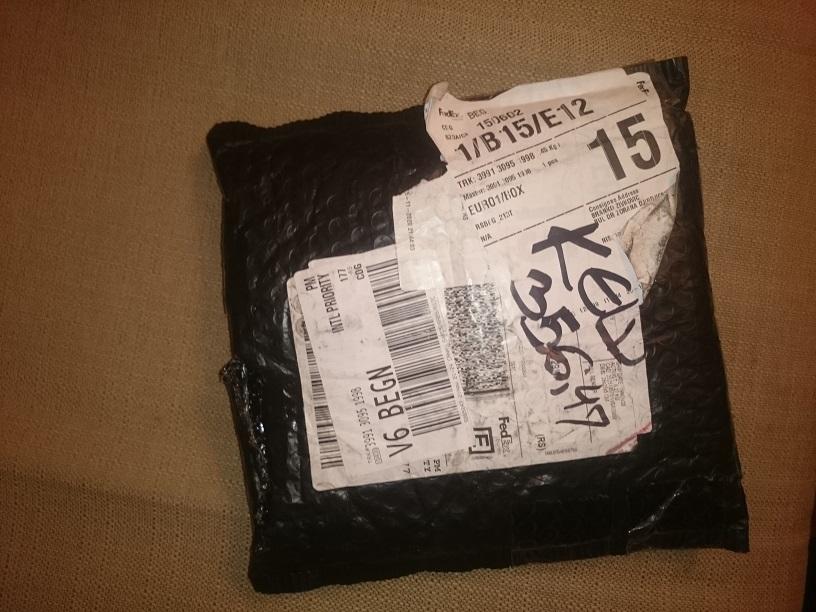 paket.jpg.d524a7bec179046d26a20adc8b6d9724.jpg
