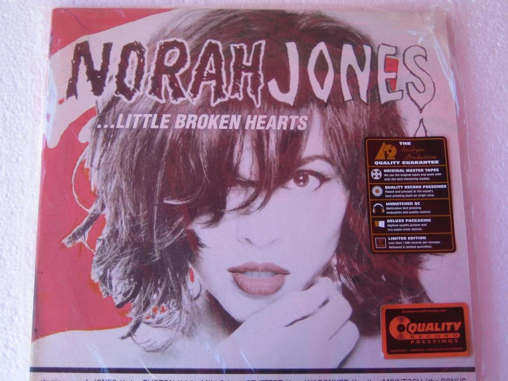 Norah Jones -2L.P.Analogue production1.jpg